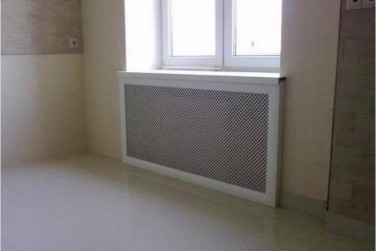 Экран для стояка отопления